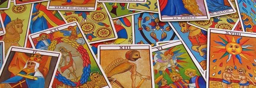 Acheter un Tarot en ligne : Boutique de jeux de cartes divinatoires